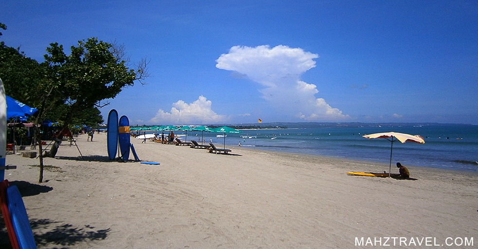 Kuta, bali, indonesia, Travel info, surfer, beach, travel food, burger,